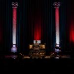 Veszprémi karácsonyi koncert 2020 Hangvilla. Rákász Gergely koncert, online jegyvásárlás