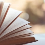 Irodalmi program Rácalmáson, Író-olvasó találkozó a Művelődési Házban