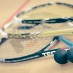 Squash a Balatonnál angol squash pályán, a vízparti wellness Club Tihany Hotel és Üdülőfaluban