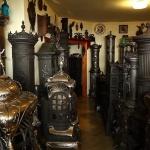 Kályhakiállítás, antik kályhagyűjtemény látogatás Gyenesdiáson