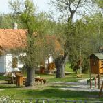 Pótharaszti Sétaerdő és Erdőőri lak