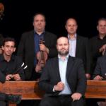 Hangverseny Budapesten, nyáresti koncertek a Magyar Állami Népi Együttes zenekarával a Várkertben