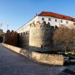 Siklósi várlátogatás, hosszú és rövid interaktív tárlatvezetések magyar, angol és német nyelven