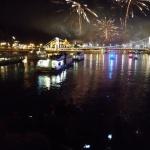 Tűzijáték Budapesten a Dunáról, tűzijáték néző hajóút korlátlan italfogyasztással