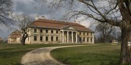 Cziráky-kastély Lovasberény