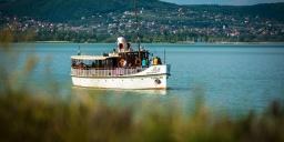 Programok a Balatonon 2021. Hajókirándulások, programhajók járatokkal elérhető események