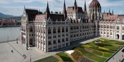 Parlamentlátogatás idegenvezetéssel 2021