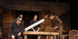 Örkény István: Tóték előadás a veresegyházi Mézesvölgyi Szabadtéri Színpadon