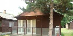 Komáromi szállás faházban, kikapcsolódás a Solaris Kemping és Üdülőházakban