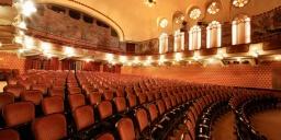 Veszprémi színházi előadások 2021. Műsor és online jegyvásárlás