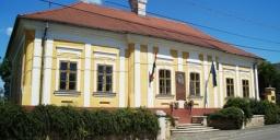 Kossuth Lajos Emlékház Monok