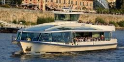 Legenda városnéző hajók Budapesten