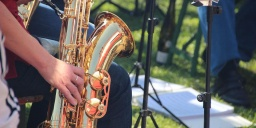 Koncert Tata 2020. FOURTISSIMO rézfúvós együttes hangversenye a  Kristály Imperial Hotel díszudvarán