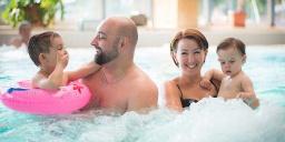 Családi fürdőzés az őszi szünetben a Gyopárosfürdői Gyógy- és Élményfürdőben
