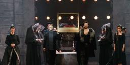 Budapesti Operettszínház műsor 2021 / 2022. Előadások és online jegyvásárlás