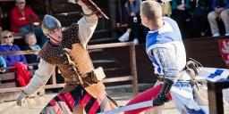 Lovagi torna Visegrádon a Salamon-toronyban az október 23-ai ünnepi hétvégén