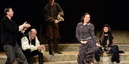 A funtineli boszorkány előadások az Új Színház műsorán 2021. Online jegyvásárlás