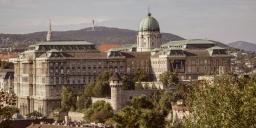 Irodalmi programok Budapesten 2021.  Várkert Bazár irodalmi estek