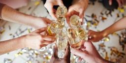Szilveszteri wellness mulatozás gálavacsorával és borkóstolóval a tatai Kristály Imperial Hotelben