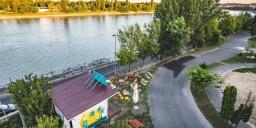 Art Design Market 2020. Summer Market Budapest Garden