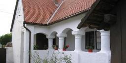 Nagytótfalui Iskolamúzeum és Tájház