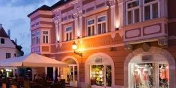 Barokk Hotel Promenád**** Győr