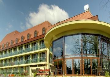 Wellness Hotel Gyula teljes panzióval