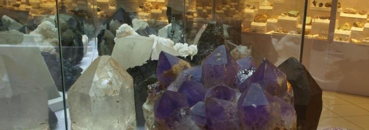 Titkok a föld alatt – ásványok, kőzetek, drágakövek kiállítás a Természettudományi Múzeumban