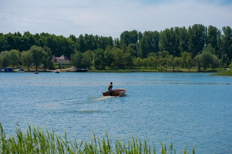 Wellness hotel horgászat és horgásztúra ajánlatok a Tisza-tónál
