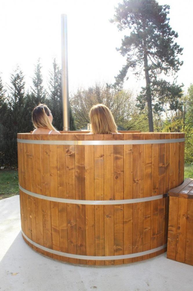 Dézsafürdő wellness erdei pihenőparkunkban igény szerint szállás- és étkezési lehetőségekkel