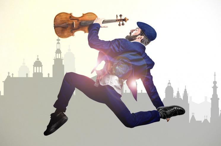 Hegedűs a háztetőn előadás Budapesten, a Margitszigeti Szabadtéri Színpadon