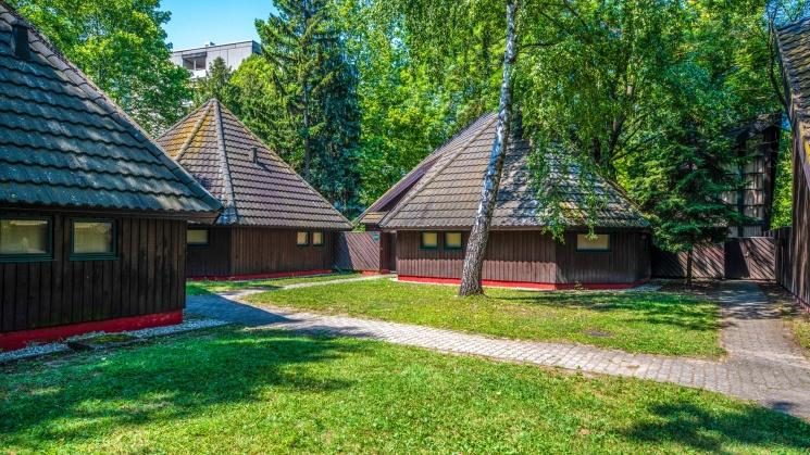 Balatoni Bungalow Üdülőfalu - Átrium ház