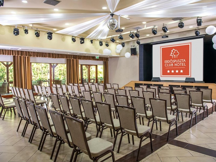 Rendezvényszervezés Debrecenben, céges rendezvényekhez kitűnő helyszín az Erdőspuszta Club Hotel