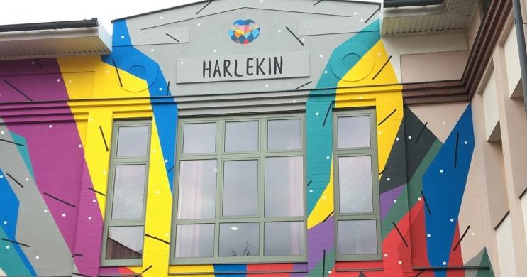 Harlekin Bábszínház előadások Eger 2021. Online jegyvásárlás