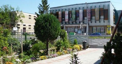 Pécsi Harmadik Színház műsora 2020. Előadások és online jegyvásárlás