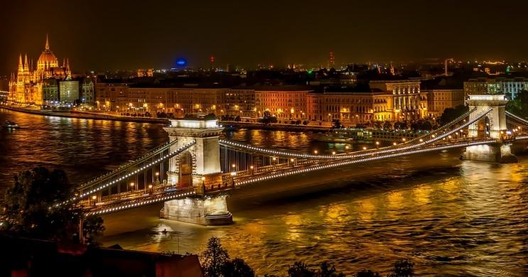 Tour East Tour Travel Budapest