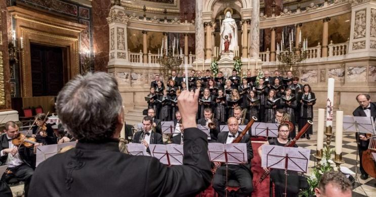 Budapest orgona koncert, orgonaestek Virágh Andrással péntekenként a Szent István Bazilikában
