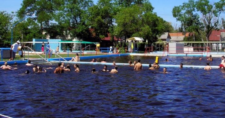 Tiszaföldvári Gyógyfürdő, Termálfürdő és Kemping