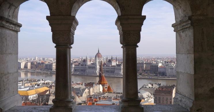 Budapesti programok május 2021. Online jegyvásárlás