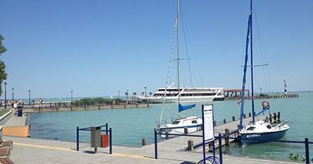 Tihanyi vitorláskikötő