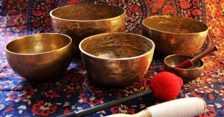 Tibeti hangtál terápia, hangutazás és hangfürdő Budapesten. Online jegyvásárlás