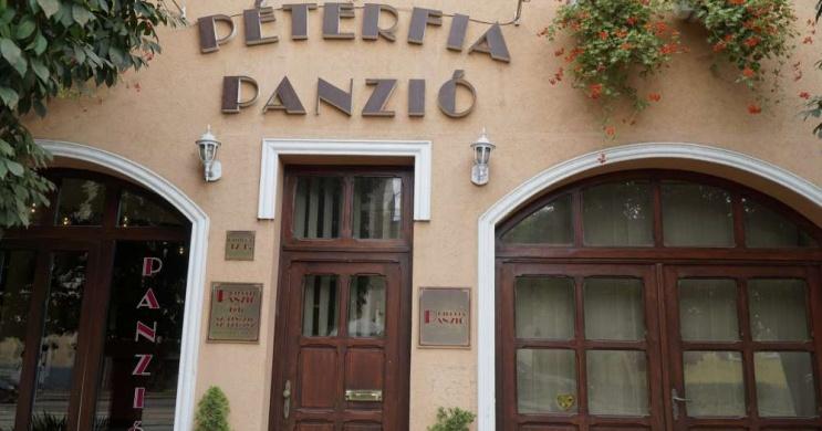 Péterfia Panzió Debrecen