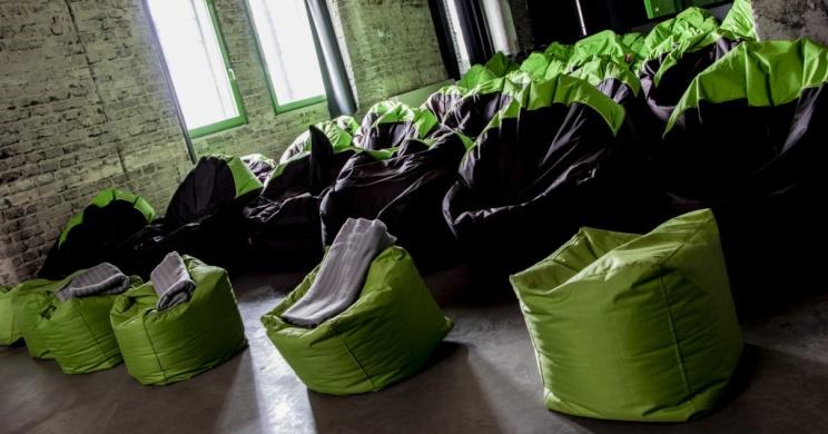 Terembérlés Ózdon a Nemzeti Filmtörténeti Élménypark ipari műemlék épületében