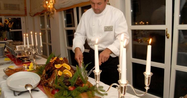 Romantikus vacsora a Balatonnál, meghitt pillanatok a Nagybereknél