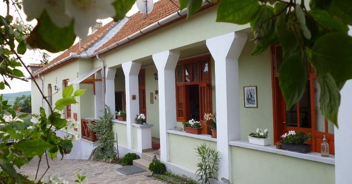 Aranynap vendégház Tállya