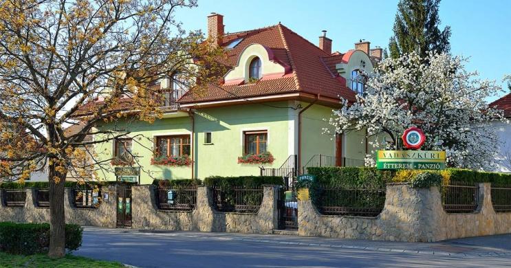 Vadászkürt Panzió Étterem Sopron