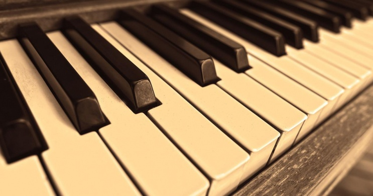 Zongorakoncertek Budapest 2021. Online jegyvásárlás