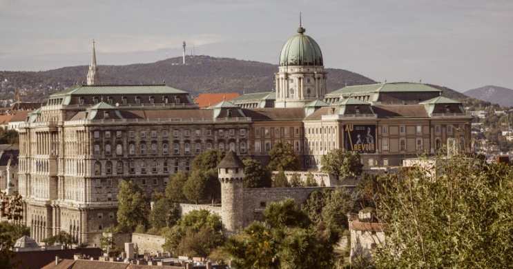 Irodalmi programok Budapesten, Várkert Bazár irodalmi estek