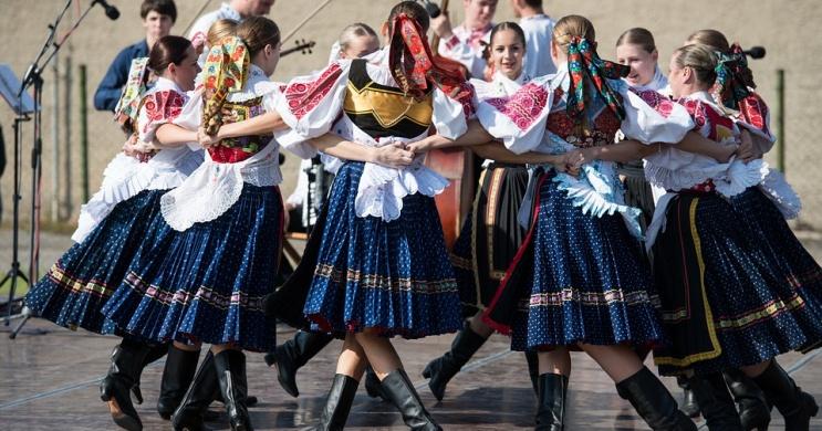 Folklór Fesztivál Vecsés 2021.  Szomszédolás Nemzetközi Folklór Fesztivál és kiállítás