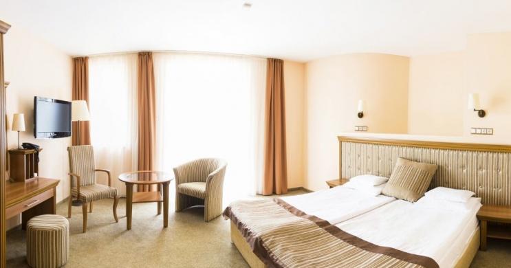 1 hetes üdülés wellness és családi szolgáltatásokkal Zalakaroson az Aphrodite - Venus Hotelben